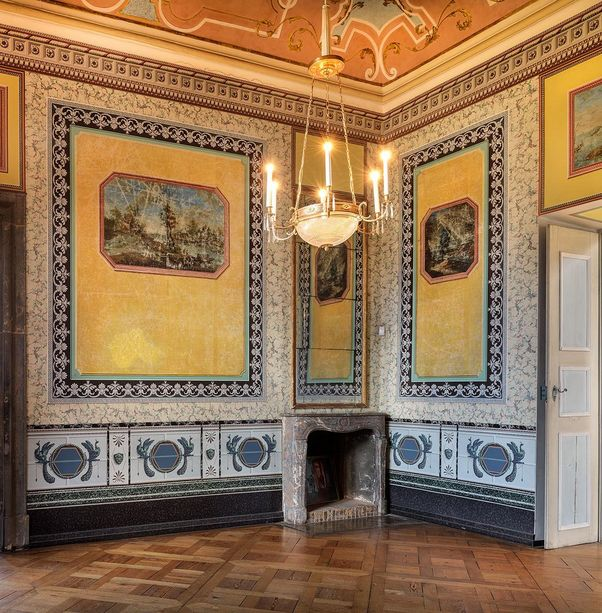 Ludwigsburg Favorite Palace, A look inside the cabinet